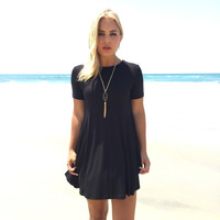 Face To Face Shift Dress In Black