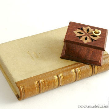 Carved wooden music box handmade ornaments Beethoven: Für Elise
