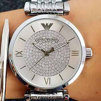 ARMANI The simple fashion women's watch is a pair of watches with an atmospheric quartz watch 1