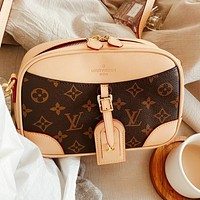 LV simple new retro female shoulder bag crossbody bag