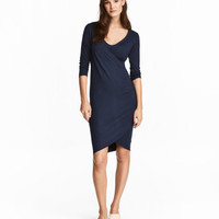 H&M MAMA Jersey Nursing Dress $34.99