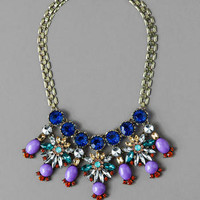 NANTERRE JEWELED STATEMENT NECKLACE IN PURPLE