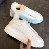 Alexander McQueen Fashion and leisure Add cashmere Warm plate shoes