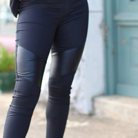 Off Duty Legging with Leather Inserts {Black}
