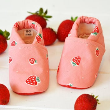"""Organic """"Pink Strawberry"""" Shoes - NB to 4T"""