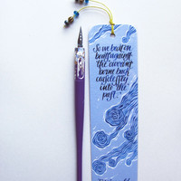 Fitzgerald, The great Gatsby bookmark, light blue, with handwritten calligraphy - boats against the current