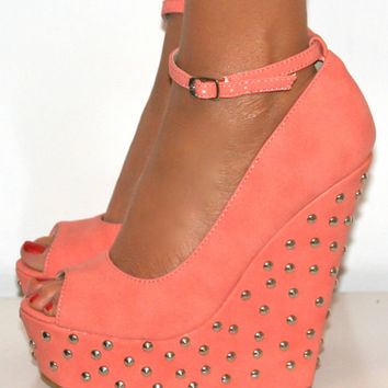 LADIES CORAL PINK PEEP TOE HIGH STUDDED WEDGE HEELS SHOE STRAPPY SANDAL PROM 3-8