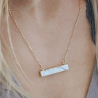 Chic Charm Necklace - White Marble