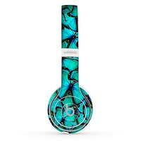 The Butterfly BackGround Flat Skin Set for the Beats by Dre Solo 2 Wireless Headphones