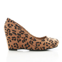 Tame Leo Wedges