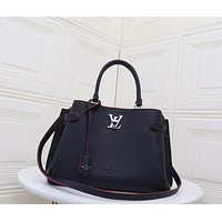 LV Louis Vuitton LEATHER LOCKME DAY HANDBAG INCLINED SHOULDER BAG
