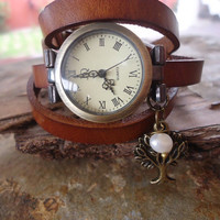 WATCH, PEARL & brown LEATHER wrap clock