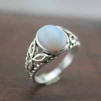 The Saga jewelry moonstone ring bella inspired The oval silver necklaceR116A