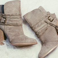 CHASING SUNLIGHT BOOTIES IN TAUPE