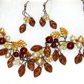 Cream and Brown Beaded Necklace with earrings set, Brown Woodland Wedding Necklace, Nature Jewelry, Boho Necklace, Autumn and Winter Jewelry