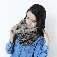 FREE SHIPPING Knit wool infinity scarf Beige scarf Cowl Circle warm scarf Bulky and soft Eternity brown scarf Two sided loop scarf Pattern