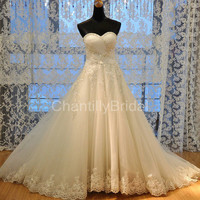 Strapless A-line Sweetheart-neck Chapel Train Satin and Tulle With Beaded 2013 Wedding Dresses