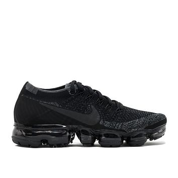 NIKE LAB WILL RELEASE ¡°TRIPLE BLACK¡± VAPORMAX