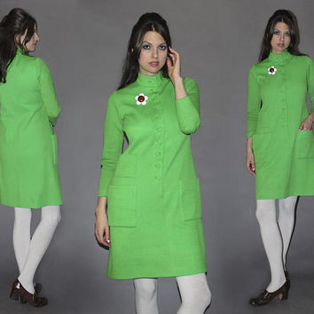 Vintage 60s MOD SHIFT Dress / Lime Green, Electric Groovy Green Dress / Twiggy, London / RARE Suzy Perette Designer Dress/ Big Pockets / Med