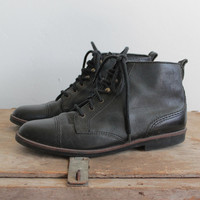 Vintage 80s Black Leather Lace Up Ankle Boots | women's 8