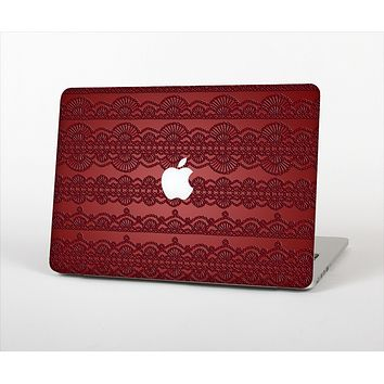 """The Dark Red Highlighted Lace Pattern Skin Set for the Apple MacBook Pro 13"""" with Retina Display"""