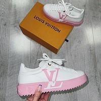 Louis Vuitton LV personality fashion big logo printing ladies sneakers casual sports shoes