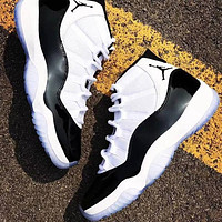 Air Jordan 11 Retro simple black and white stitching sneakers shoes