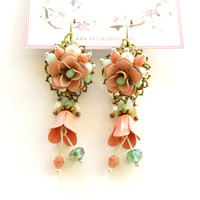Pink rose dangle earrings. Shabby chick mint green and pink floral vintage style earrings. Summer bridesmades earrings
