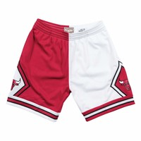 Mitchell & Ness Split Home & Away Swingman Shorts Chicago Bulls 1997-98