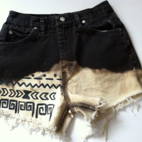Black and White Tribal pattern HIGH WASTED shorts SIZE 8