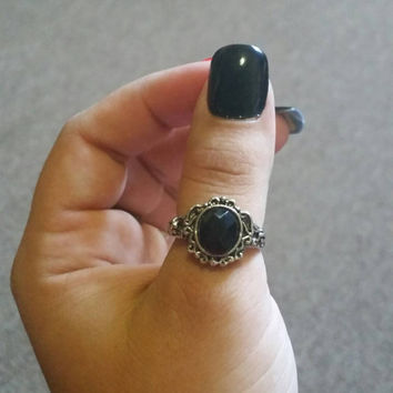 Black mirror rings, Gem rings, the vampire diaries eternal live, vintage luxury swarovski cabochon. Size 9