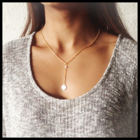 White Y necklace (Shell Memories)