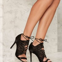 Privileged Shore Lace Heel