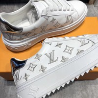 Louis Vuitton Thick bottom Little white shoes