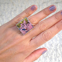 """Pop Art! Lichtenstein's """"The Kiss"""". Statement silver tone ring, cocktail ring, adjustable. Covered with resin"""