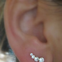 CUTE and Simple Earring 4 CZ stone