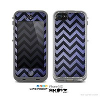 The Purple Textured Chevron Pattern Skin for the Apple iPhone 5c LifeProof Case
