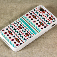 Tribal Ethnic Pattern iPhone 4 and iPhone 4S Case,Rubber Material Full Protection