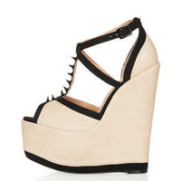 **Roll The Dice Wedges By CJG