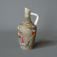 Fratelli Fanciullacci Vase Jug or Pitcher, Mid Century Modern, Made in Italy, 1950s or 60s, Sgraffito, Handcrafted, Classic Italian Ceramics