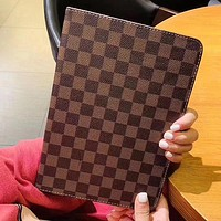 Louis Vuitton LV iPad Air Fashion Intelligent Protective Cover For iPad 5/6/7/8 iPad mini 1/2/3/4 iPad Pro 11 iPad Pro 10.5