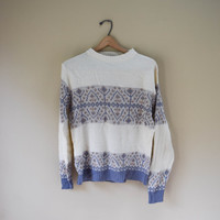 Vintage 90s Retro Style Soft Acrylic White Winter Sweater