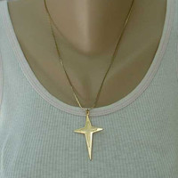 Star Cross Pendant Necklace for Man or Woman 18 Inch Chain Vintage Religious Jewelry