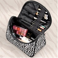 2016 Free shipping 10Colors Cosmetic Bag Lady Travel Organizer Accessory Toiletryl Zipper Make Up Bag Holder Storage Bag S386