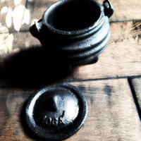 Mini Mini Cauldron ~ Witchcraft ~ Incense ~ Paganism ~ Wiccan ~ Wicca ~ Altar Tools ~ 732391