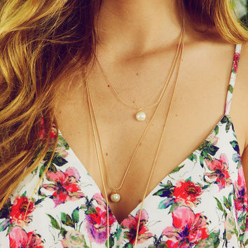 Timeless Treasures Necklace: Gold/Pearl