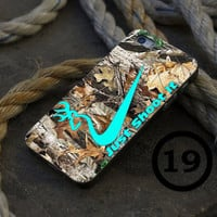 Mint Browning Deer Camo - iPhone 4/4s, iPhone 5/5S, iPhone 5C and Samsung Galaxy S3/S4 Case.