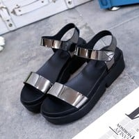 2017New 3 colors moda sandalias mujer summer gladiator sandals women PU leather flat fashion sandals comfortable ladies shoes630