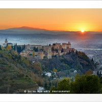 Red sunset at The Alhambra Palace by Guido Montañés