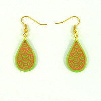 CD recycled Earrings : Small green apple and neon pink drops - by Savousepate